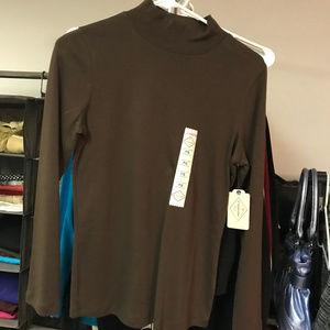 Brown long sleeved turtleneck/mockneck